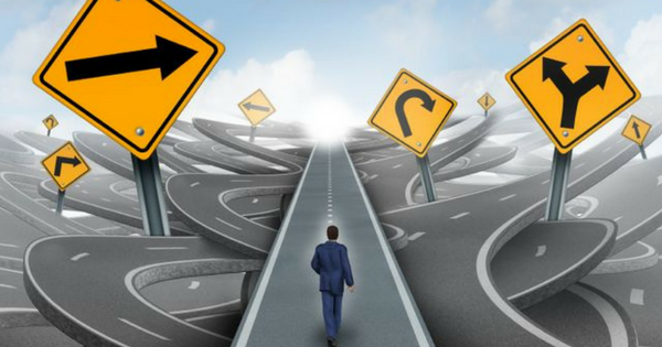 Samostudium vs. přípravný kurz projektového řízení - výhody a nevýhody